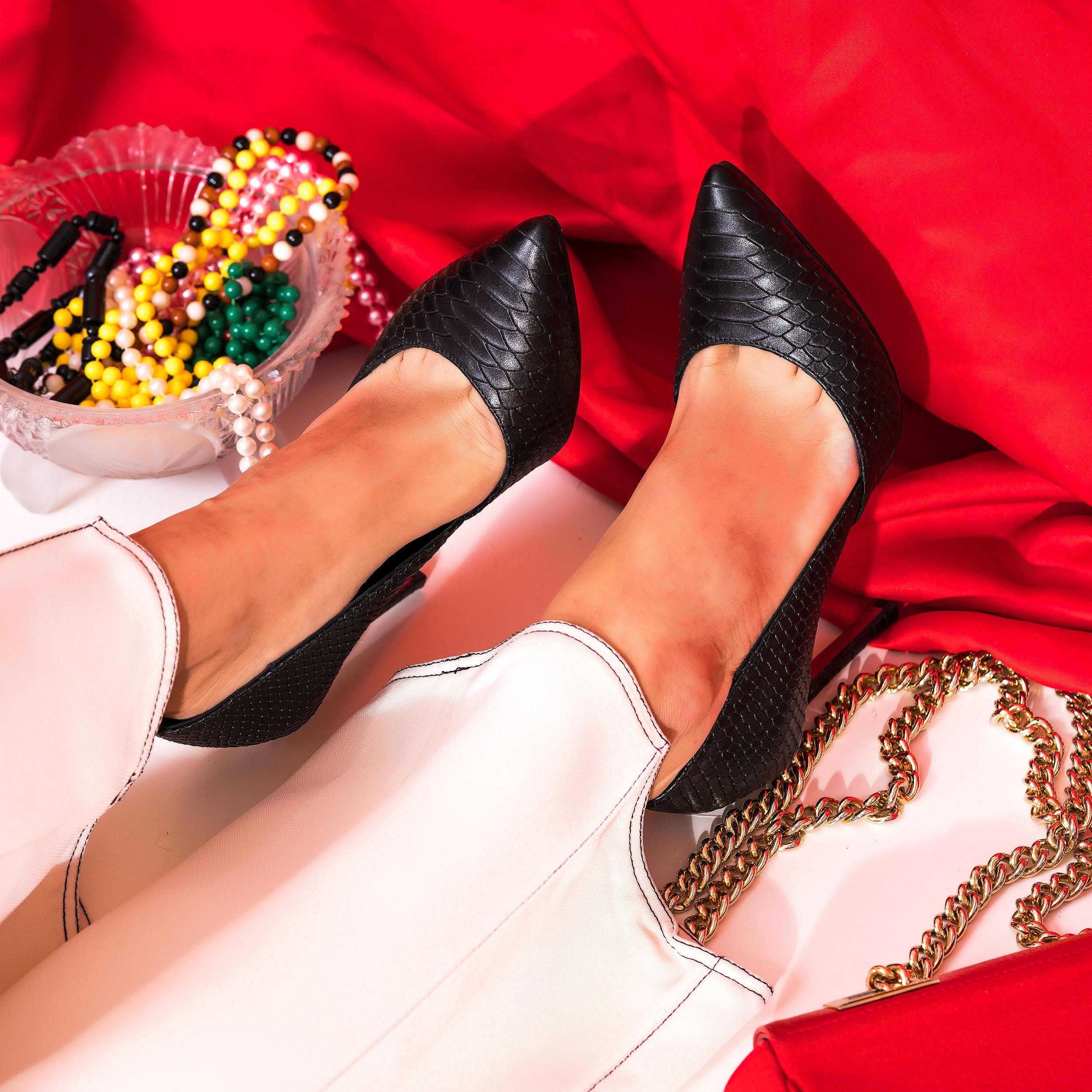 Pantofi Stiletto Croco Negru Classy L37 - orice culoare