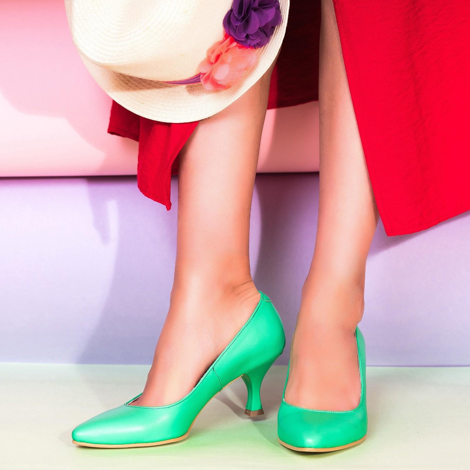 Pantofi Piele Verde Toc Mic Evazat C57 - Orice Culoare - orice culoare