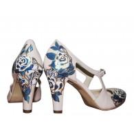 Pantofi pictati manual Happy Blue Flowers - orice culoare